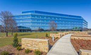 Eastman uses multi-layered Boon Edam entrance strategy at new corporate business center