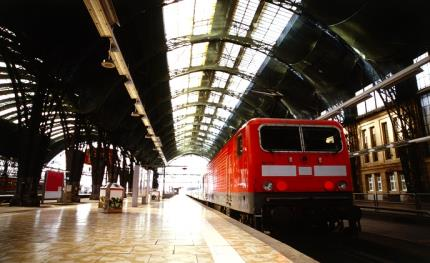 Synectics wins European contract for train-to-ground 'passenger help' solution