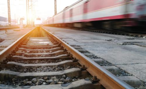 Internationally recognized standards influence the choice of industrial PCs for railways