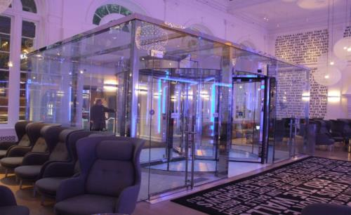 Boon Edam revolving door adds flair to Warwick Hotel Ritenhouse Square