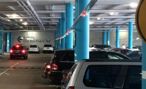 Shopping center selects overhead parking guidance for Sydney shoppers