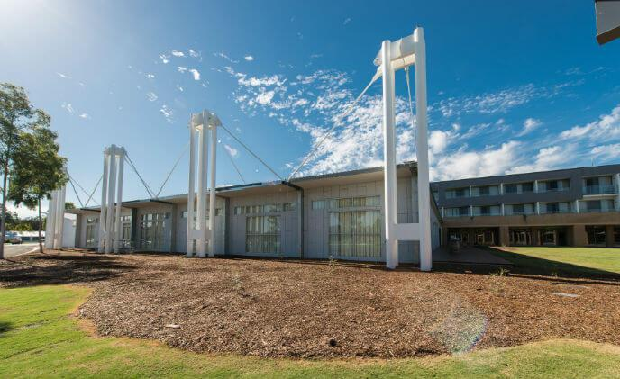 Crowne Plaza Hunter Valley revolutionizes hotel guest convenience with ASSA ABLOY Hospitality