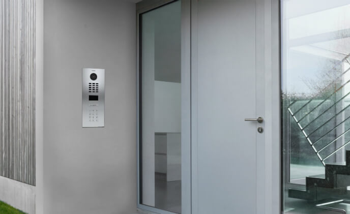 New DoorBird D2101KV intercom provides cutting-edge access control