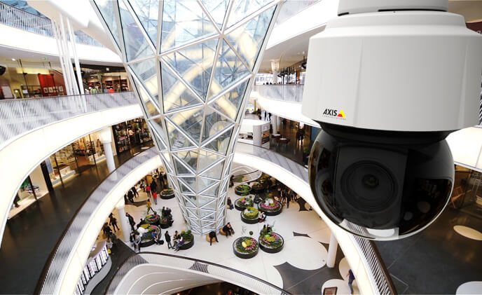 Axis introduces its first PTZ dome camera with 4K resolution