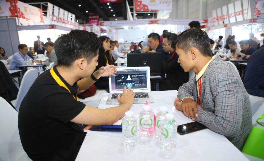 Zhejiang export online fair (Thailand) to help with the procurement of PPE products