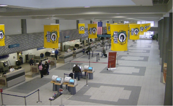 Agent Vi resolves safety and security challenges at US airport
