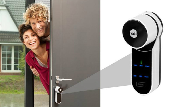 The ENTR digital lock turns front door into a smart door