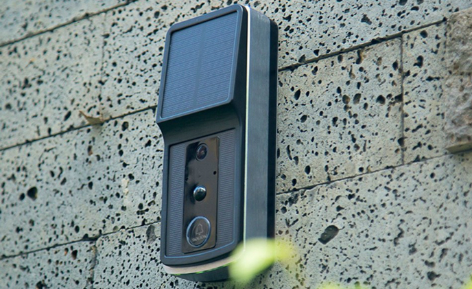 Soliom video doorbell brings convenience with embedded solar panel