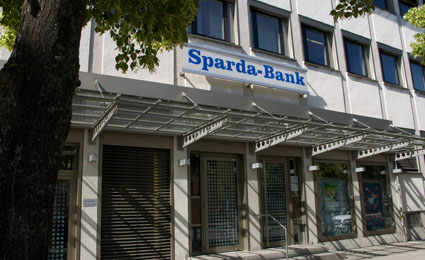 Sparda-Bank Ostbayern eG equipped with Dallmeier solutions