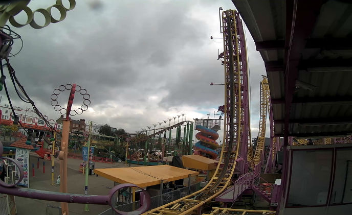 Hanwha Techwin Europe IP surveillance solution for UK fun park