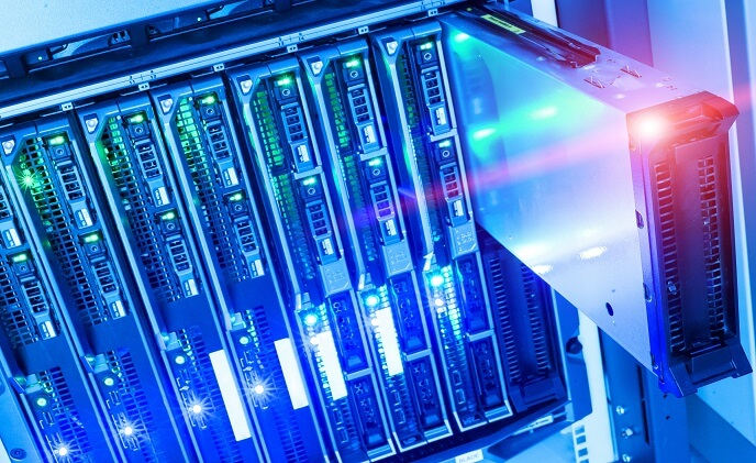 How hybrid data centers are becoming a new trend