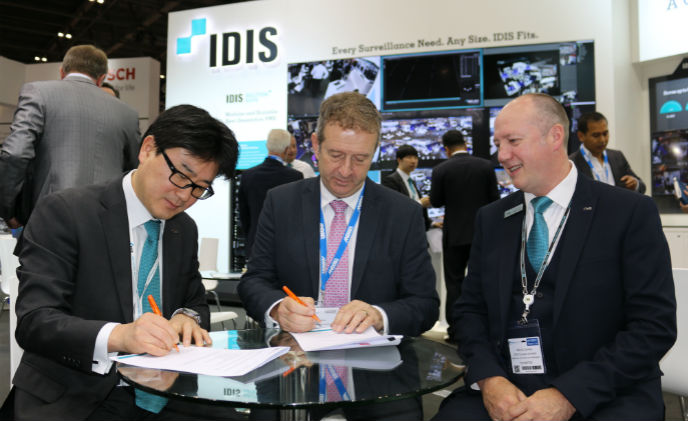 IDIS and Secom sign strategic partnership agreement