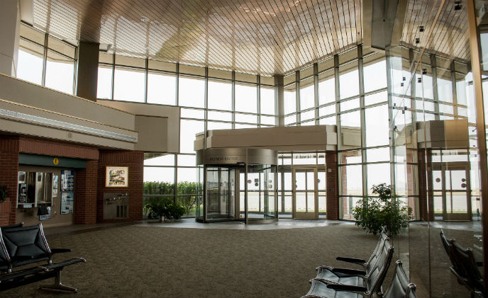 Walla Walla regional airport upgrades with Boom Edam security entrance