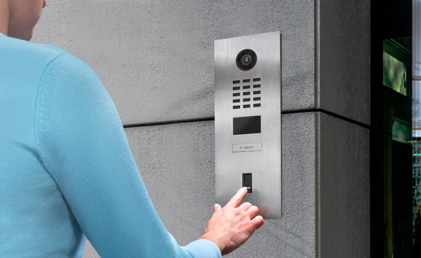Access control via fingerprint with DoorBird and ekey (available worldwide)