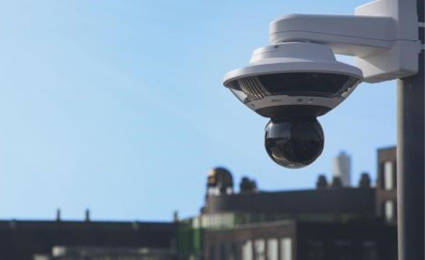AXIS Q6100-E network camera delivers 360° complete overviews and great detail