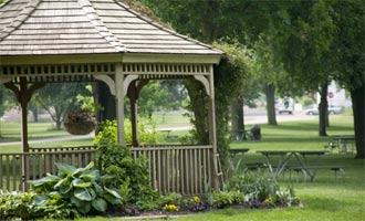 Mobotix Cameras Root Out Vandalism at UK Public Garden