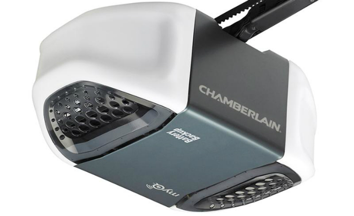 Chamberlain introduces Wi-Fi connected garage door openers to support Apple HomeKit and Siri voice commands
