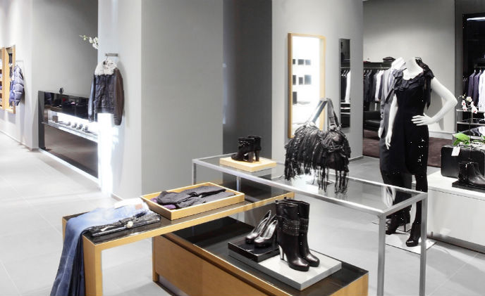 UK retailer updates logistics wardrobe with IDIS Smart UX surveillance