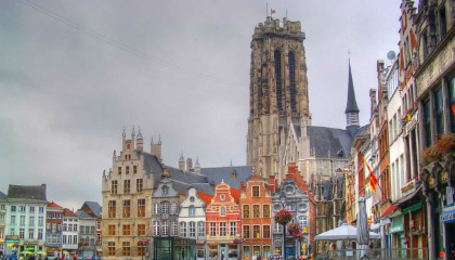Historic Belgian city curbs crime with HD surveillance