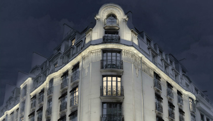 Parisian luxury hotel ensures peace of mind with discreet surveillance