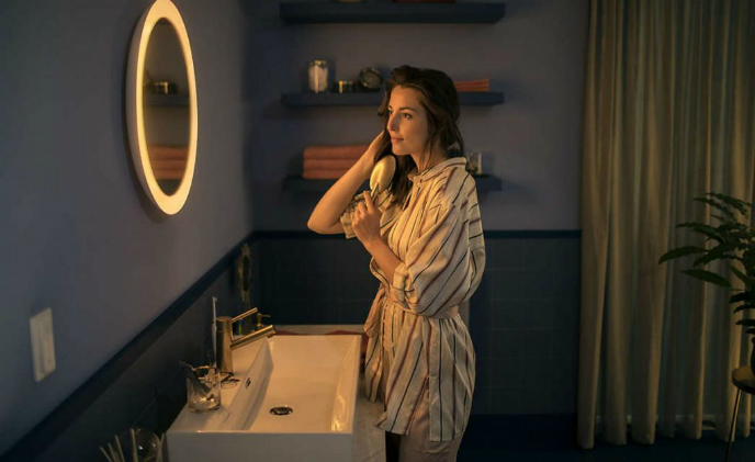 Philips Hue introduces smart lighting mirror for the bathroom