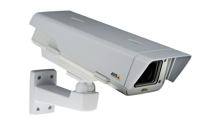 New Axis fixed network cameras offer clear images under challenging light conditions