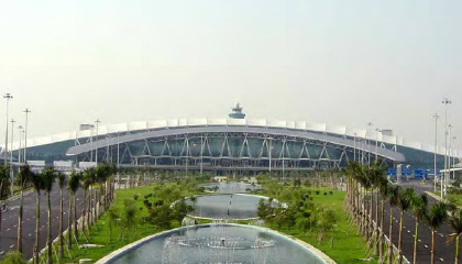 Guangzhou airport scales access management