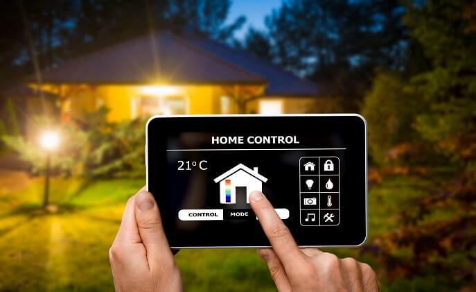 Insurance firms should provide their own smart home products