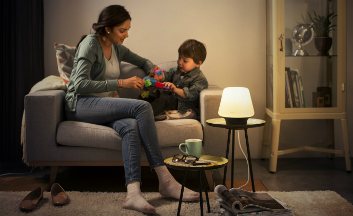 Philips introduces new HomeKit-compatible smart table lamps and fixtures