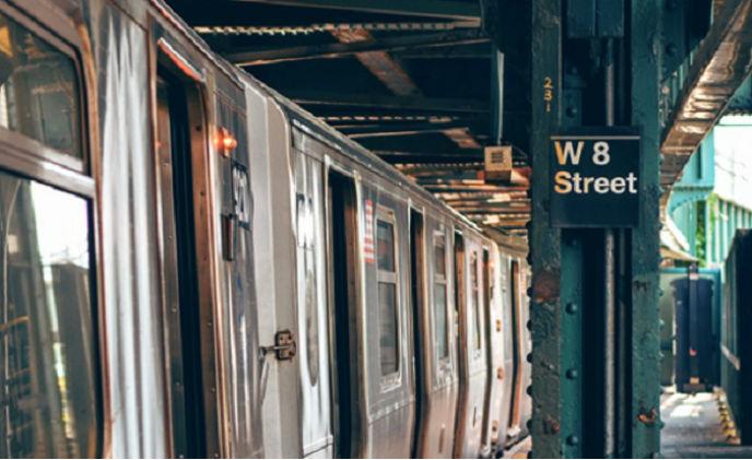 A US public transit system upgraded its intercom systems with EtherWan
