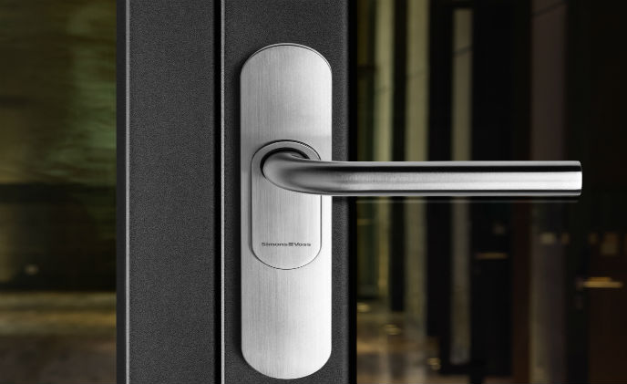 SimonsVoss enhances smart handle for Digital Locking System 3060