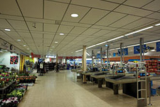 Axis Network Cameras Watch over Dutch Supermarkets