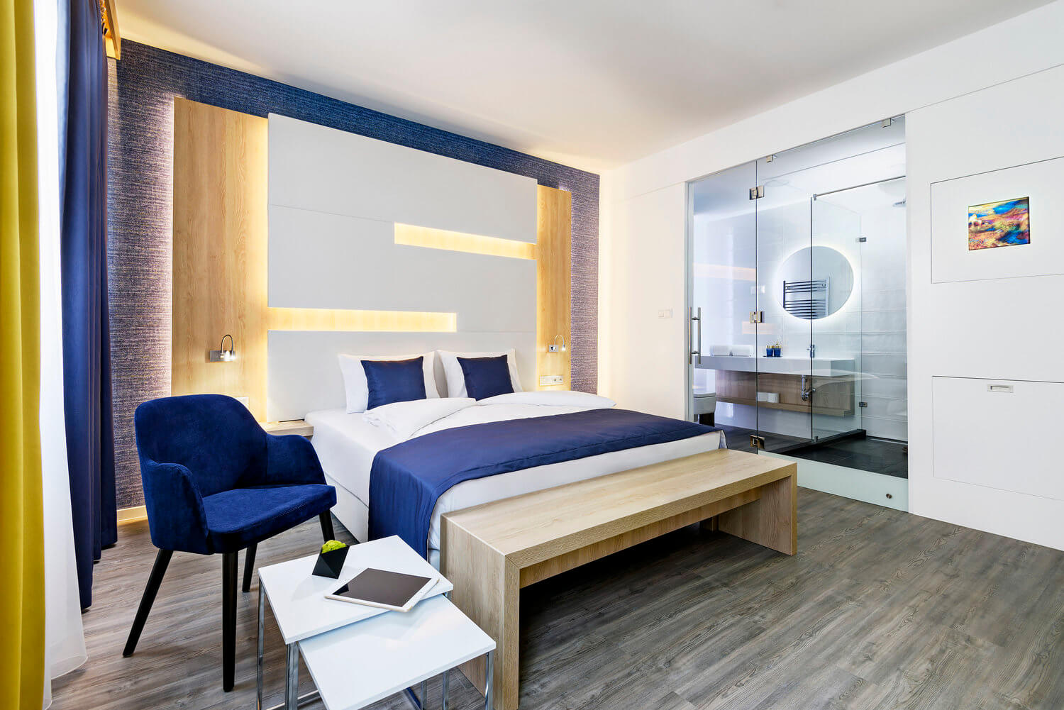 KViHotel deploys ASSA ABLOY Hospitality mobile access solution for keyless guestroom entry